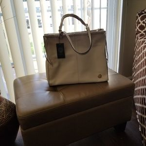 Vincent Camuto tote bad